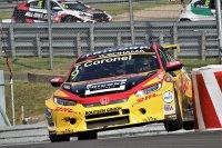 Tom Coronel - Boutsen Ginion Honda Civic TCR