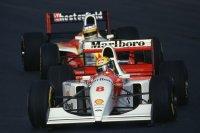 Ayrton Senna, gevolgd door Michele Alboreto