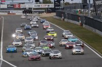 Start race 1 European GT4 Series