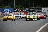 Start Belcar Historic Cup met Corvette van Brankaert en Lotus van François