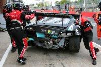 WRT ging meteen aan het werk om de #1 Audi tijdig te herstellen