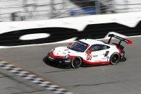 Earl Bamber/Laurens Vanthoor/Gianmaria Bruni - Porsche 911 RSR