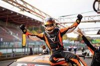 Mikel Azcona - Cupra TCR