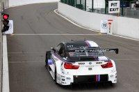 De JR Motorsport M4 moest vanuit de pit starten