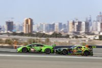 GRT Grasser Racing Team Lamborghini vs. SPS automotive Mercedes
