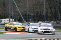 Mercedes domineert de openingsmeeting van de Superstars International Series 2013