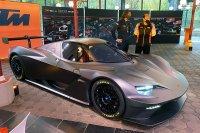 Stéphane Ratel en Hans Reiter bij de KTM X-Bow GT2 Concept