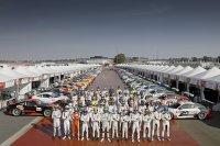 De 52 deelnemers aan de Porsche Cup race