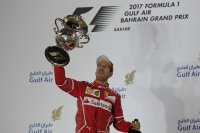 Sebastian Vettel zegeviert in Bahrein