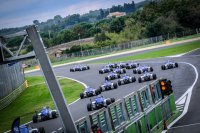 Start Formula 4 Cup Qualifying Race
