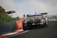 Porsche 911 GT3-R - Dennis Olsen, Matt Campbell, Dirk Werner