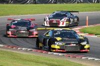 Drie Audi's streden in de eindfase om de leiding