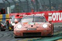 Porsche 911 RSR - Vanthoor-Estre-Christensen