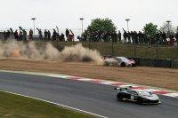 Fässler ploegde door het grind in de WRT Audi