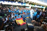 Fernando Alonso en Renault vieren hun tweede titel