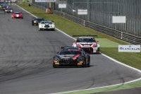 Mercedes aan de leiding tijdens de beginfase in Monza