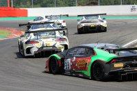 De achtervolgers op de Aston van Martin