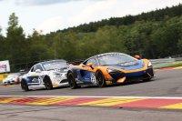 United Autosports (McLaren) vs. CMR (Alpine)