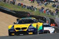 De #0 BMW kon de #73 Nissan niet afhouden tot aan de finish