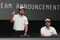 Fernando Alonso - Toyota Hilux