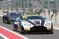 Optimum Motorsport - Aston Martin Vantage GT3
