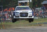 Mattias Ekström vliegt naar zijn eerste zege