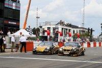EMG Motorsport BMW en Porsche samen over de finish