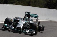 Hamilton hield een lekke band over aan de aanvaring met Rosberg in Spa