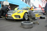 Denis Van Mol/Fred Bouvy - Porsche Cayman GT4