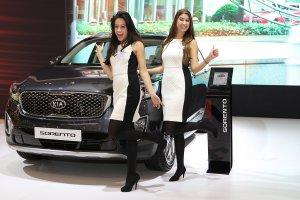 European Motor Show Brussels 2015: Het vrouwelijk schoon