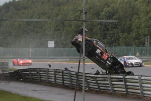 24H Spa: Crashes van de Boutsen Ginion BMW en Duqueine Engineering Ferrari