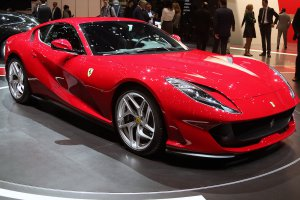 Ferrari wil elektrische Tesla-killer bouwen