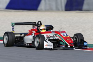 Red Bull Ring F3 collective test: Callum Ilott snelste op eerste dag