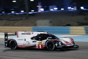 Bahrein: Porsche verslaat nipt Toyota voor de pole