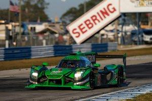 12H Sebring: Nissan-ESM wint na prangend spektakel - Vanthoor derde in GTLM