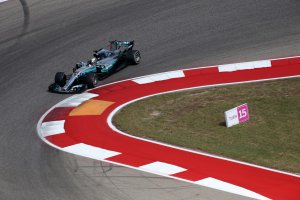 Verenigde Staten: Hamilton op pole - Vandoorne dertiende