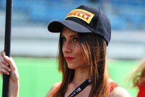 Monza: Babes en startgrid in beeld gebracht