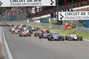 Opnieuw negen teams in de Formule Renault 2.0 Eurocup.