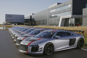Eerste Audi R8 LMS GT4's geleverd aan klanten