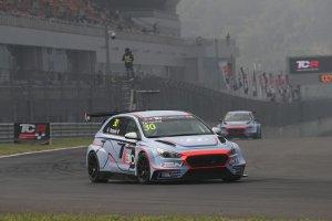 Gabriele Tarquini - BRC Racing Team Hyundai i30 N TCR
