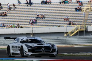 JR Motorsport - Mercedes SLS