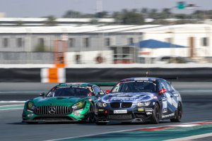 Black Falcon Mercedes-AMG GT3 vs. Scangrip Racing BMW 335i