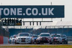Start 24H Silverstone 2016