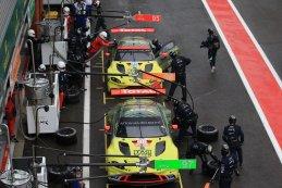 Pitbox Aston Martin Racing