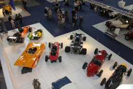 Presentatie Grand Prix Revival Nivelles Baulers in Autoworld Brussels