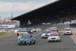 24H Nürburgring: De start en de eerste uren in beeld