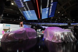 Brussels Motor Show - Stand Mercedes