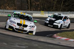 BMW M235i Racing Cup & Renault Clio