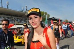 grid girl BES Monza 2015