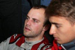 Laurens Vanthoor was uitgeput op het einde van zijn laatste stint - 24H Nürburgring 2015